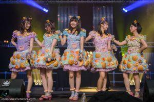 Le groupe sur la scène Karasu